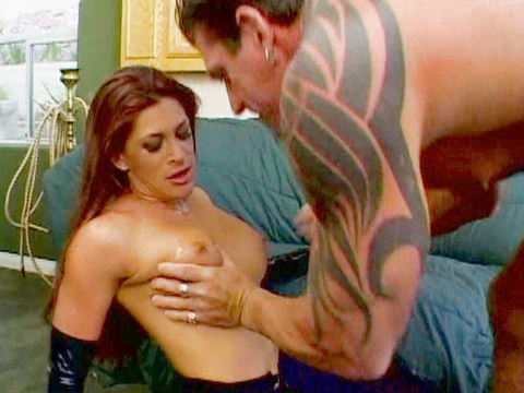 Download FREE squirting sexvideo trailers!