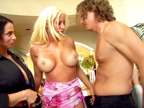 deviant housewives Video #3