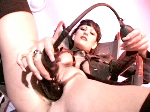 hell whores and high heels Clip Nr.5