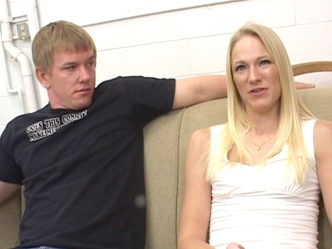 Anal Threesome Mommy Anal