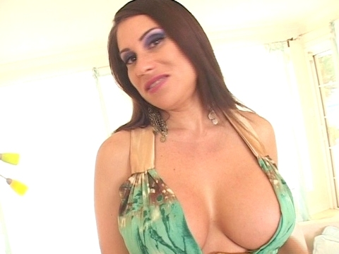 moms crave monstrous cocks Clip Nr.3