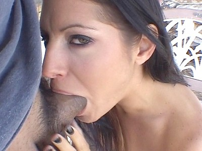 Ariana Jollee using throat to satisfy Puerto Rican dude