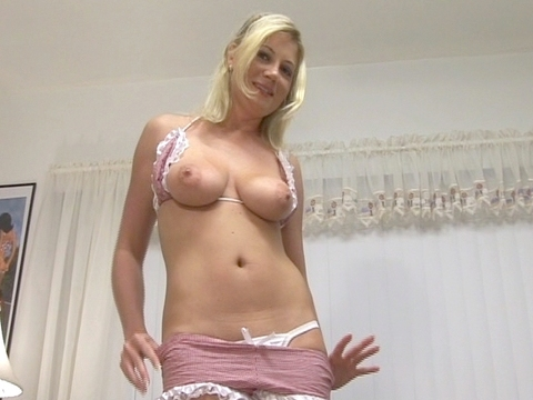 whore at my door Nr.6 Clip Nr.5