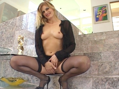 whos your mommie Sex Scene V